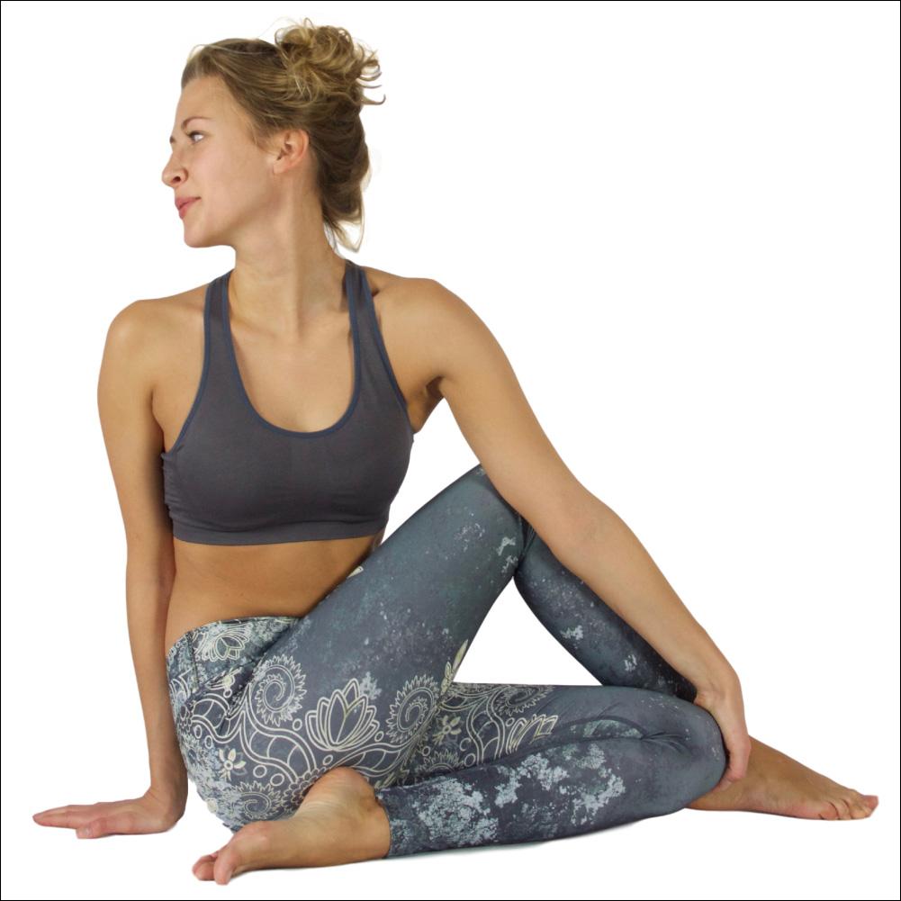 Niyama Yoga Pants Ace of Lace